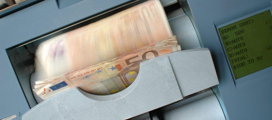 kişisel verileri koruma kanunu i̇hlali nedeniyle derneğe i̇dari para cezası