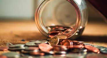 limitations on dividend distribution of capital companies